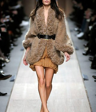 Why is Real Fur Still in Fashion? (1 min read)