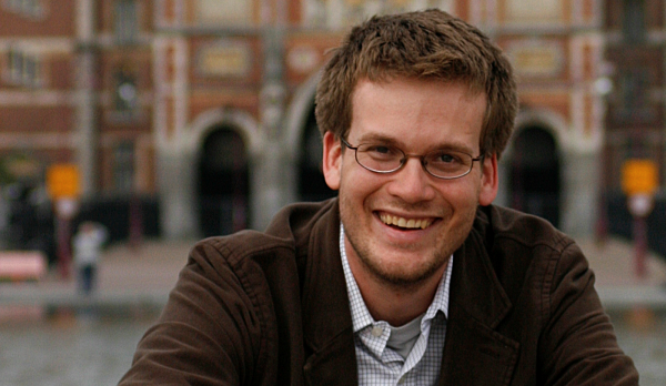 5 Inspiring Quotes About Writing by John Green (3 min read)